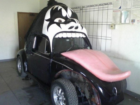 KISS VW Art Car – Giving Gene Simons The Tongue